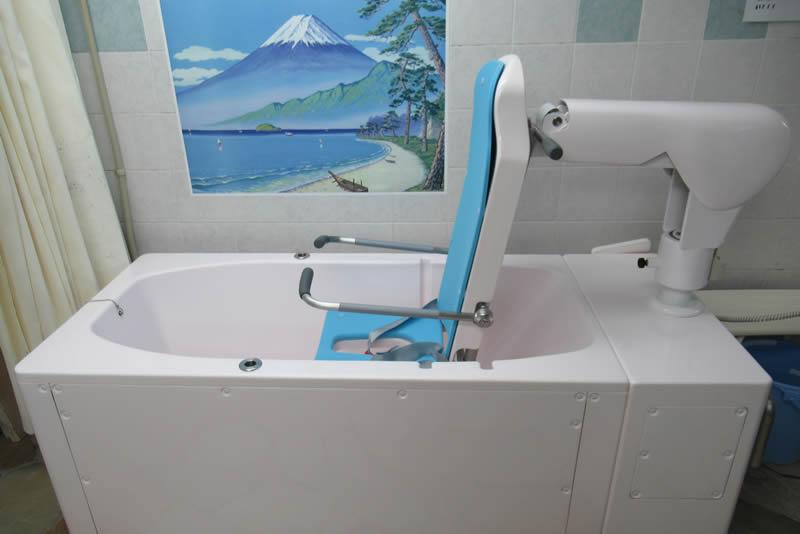 個浴(ヒノキ風呂)