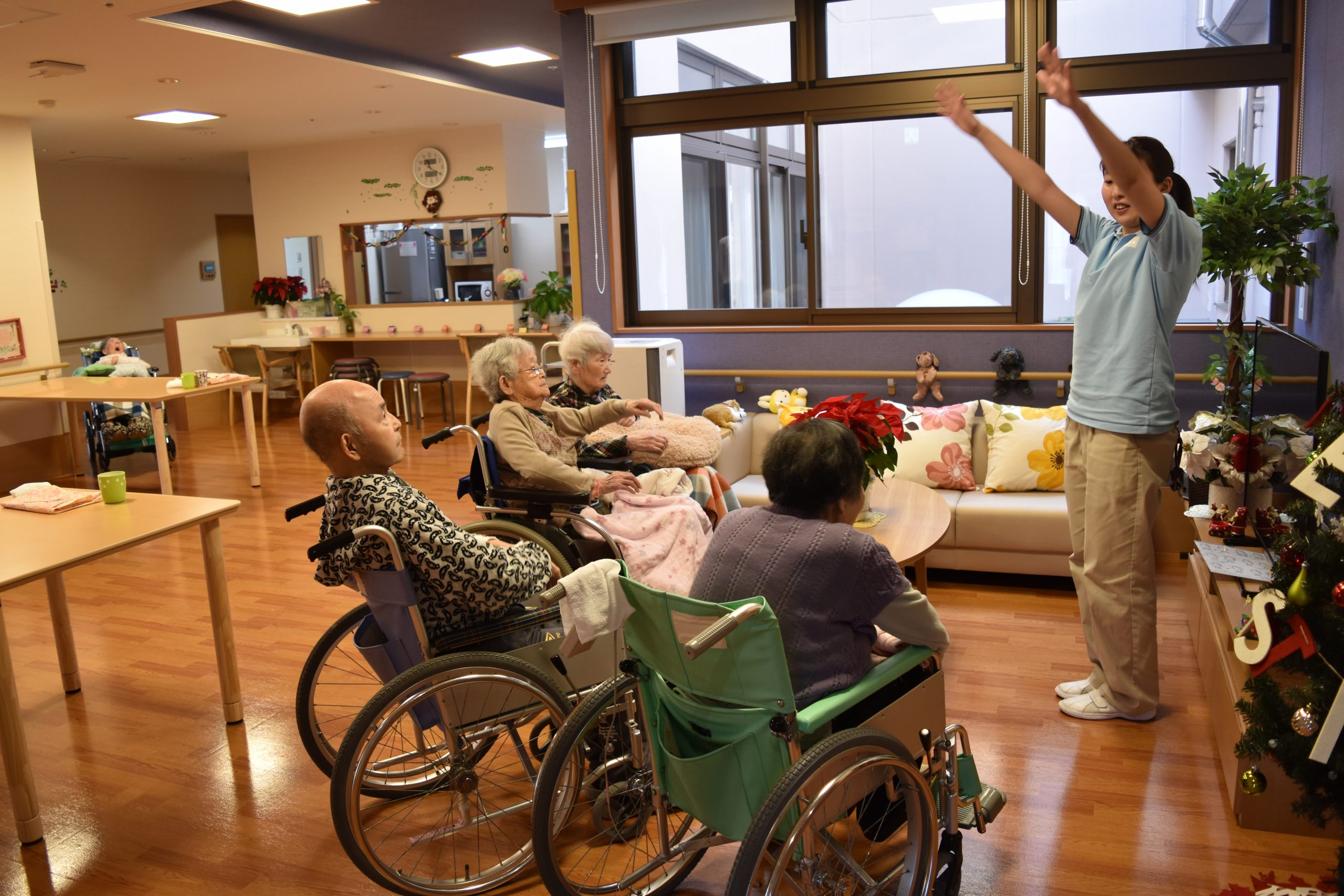 This is a job to provide high-quality nursing care services for the elderly.
